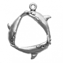 Ring of Dolphins, 3